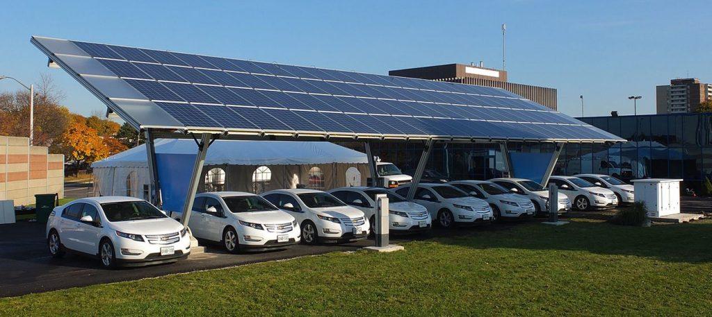 Formas innovadoras en que las empresas pueden reducir los costos de energía