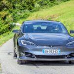 ¿Cuánto cuesta un vehículo Tesla?
