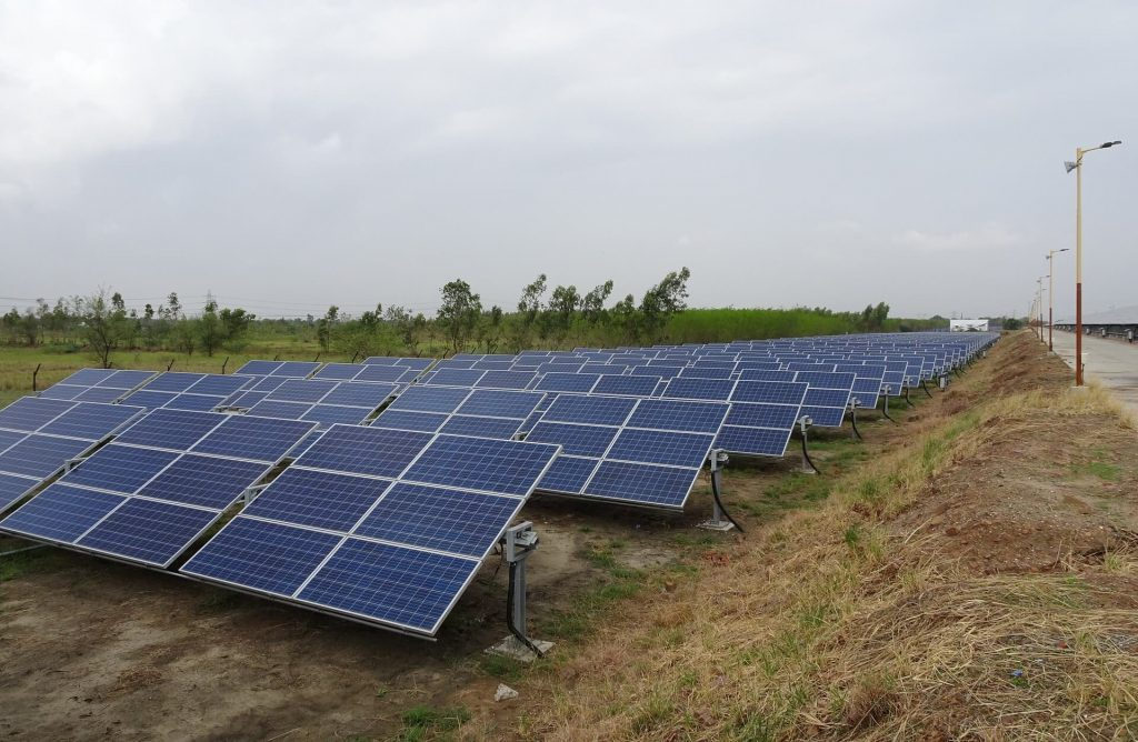 Energía Solar en la India: ¿Cómo está la India dando un paso hacia la energía solar sostenible?